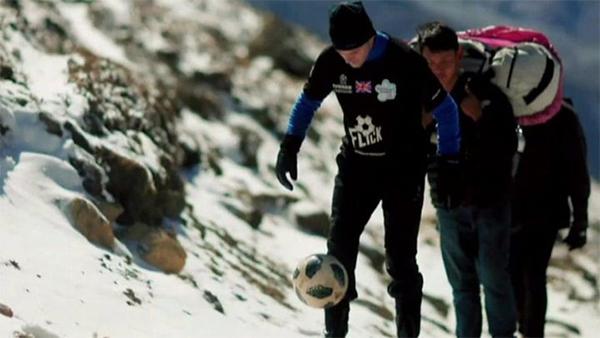 Football-Flick-Everest